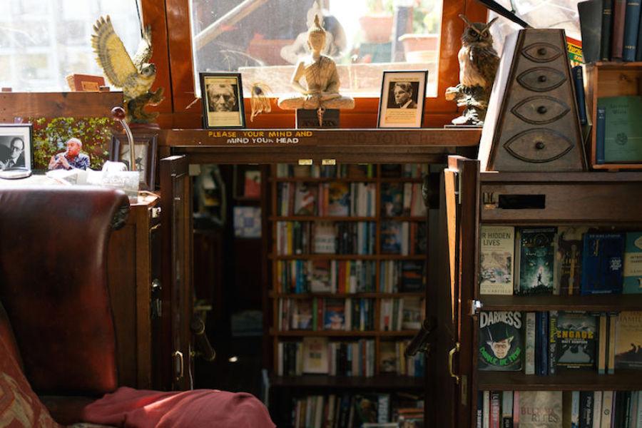 浮动的书店